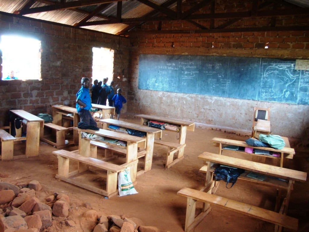 ngambenyi-classrooms-built-by-parents4
